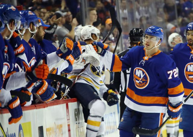 NEW YORK, NY - OCTOBER 07: Anthony Beauvillier #72 of the New York Islanders celebrates his goal at 5:39 of the third period against the Buffalo Sabres at the Barclays Center on October 7, 2017 in the Brooklyn borough of New York City.  (Photo by Bruce Bennett/Getty Images)