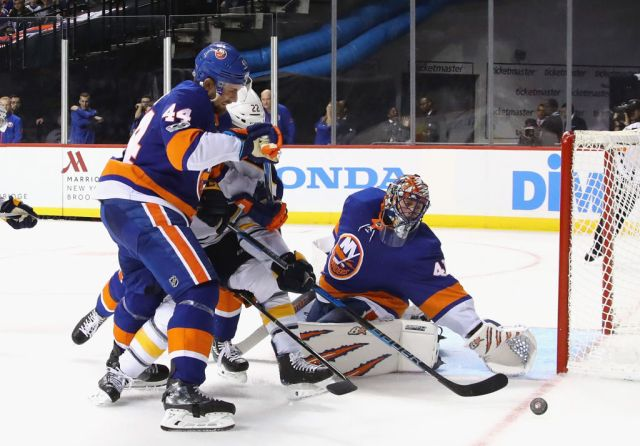 NEW YORK, NY - OCTOBER 07: Jaroslav Halak #41 of the New York Islanders makes the third period save against the Buffalo Sabres at the Barclays Center on October 7, 2017 in the Brooklyn borough of New York City. (Photo by Bruce Bennett/Getty Images)