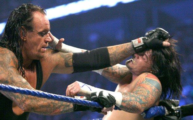 Undertaker v CM Punk