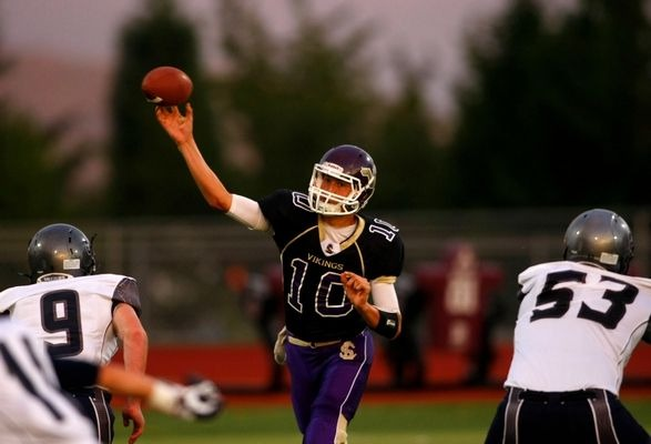 Lake Stevens quarterback Jacob Eason throwing a pass last season. The 6-foot-5 junior recently committed to the University of Georgia.