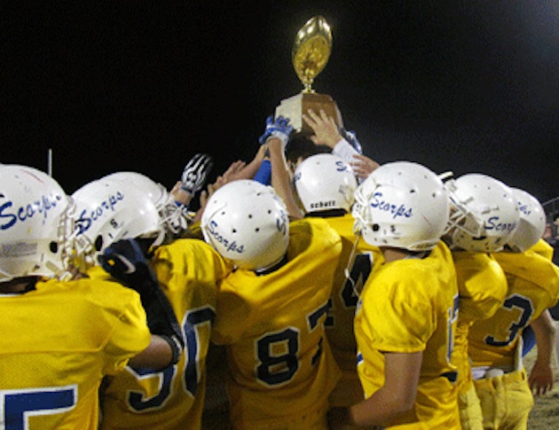 Five members of the Picacho Middle School football team were injured when lighting struck a nearby tree during practice —Las Crucas Schools