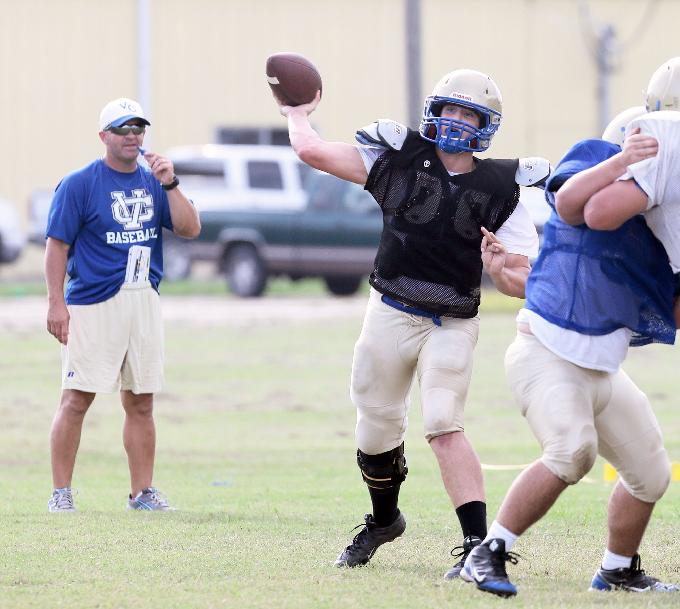 Vandebilt Catholic quarterback Bailey Pere throws a pass during Monday's intrasquad scrimmage in Houma. (Photo by Benjamin Oliver Hicks/Houma Courier)