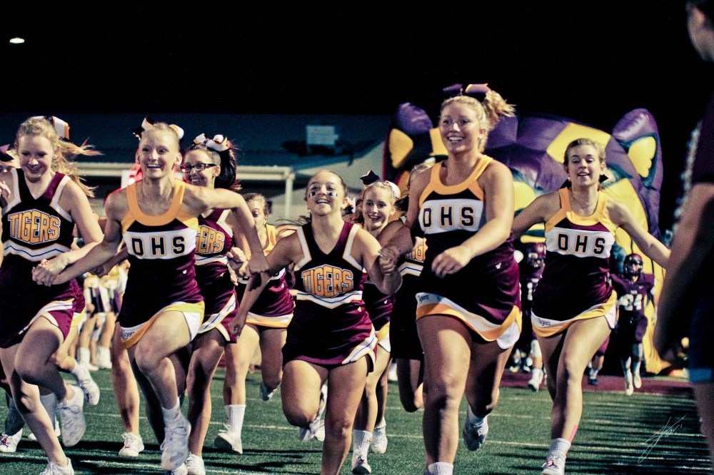 The cheerleaders are ready for the second half!