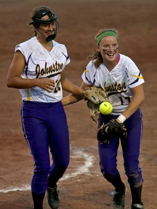Johnston pitcher Haylee Towers wore a mask while leading her team to state title last season. Bill Neibergall/The Register