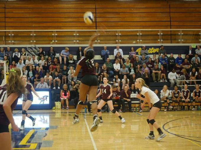 Mercer Island outside hitter Jemma Yeadon prepares for a kill during the Oct. 1 game against Bellevue.