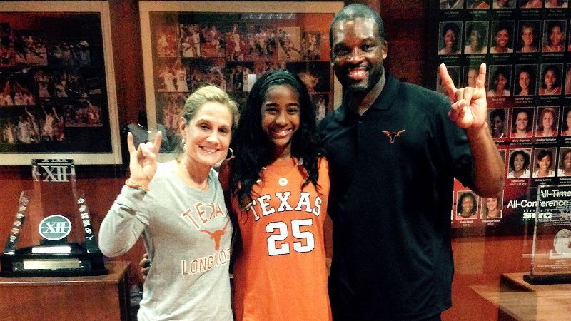 Deja Kelly, who committed to the Texas Longhorns during her seventh grade season, is a bona fide hoops phenom — Theresa Nunn photograph