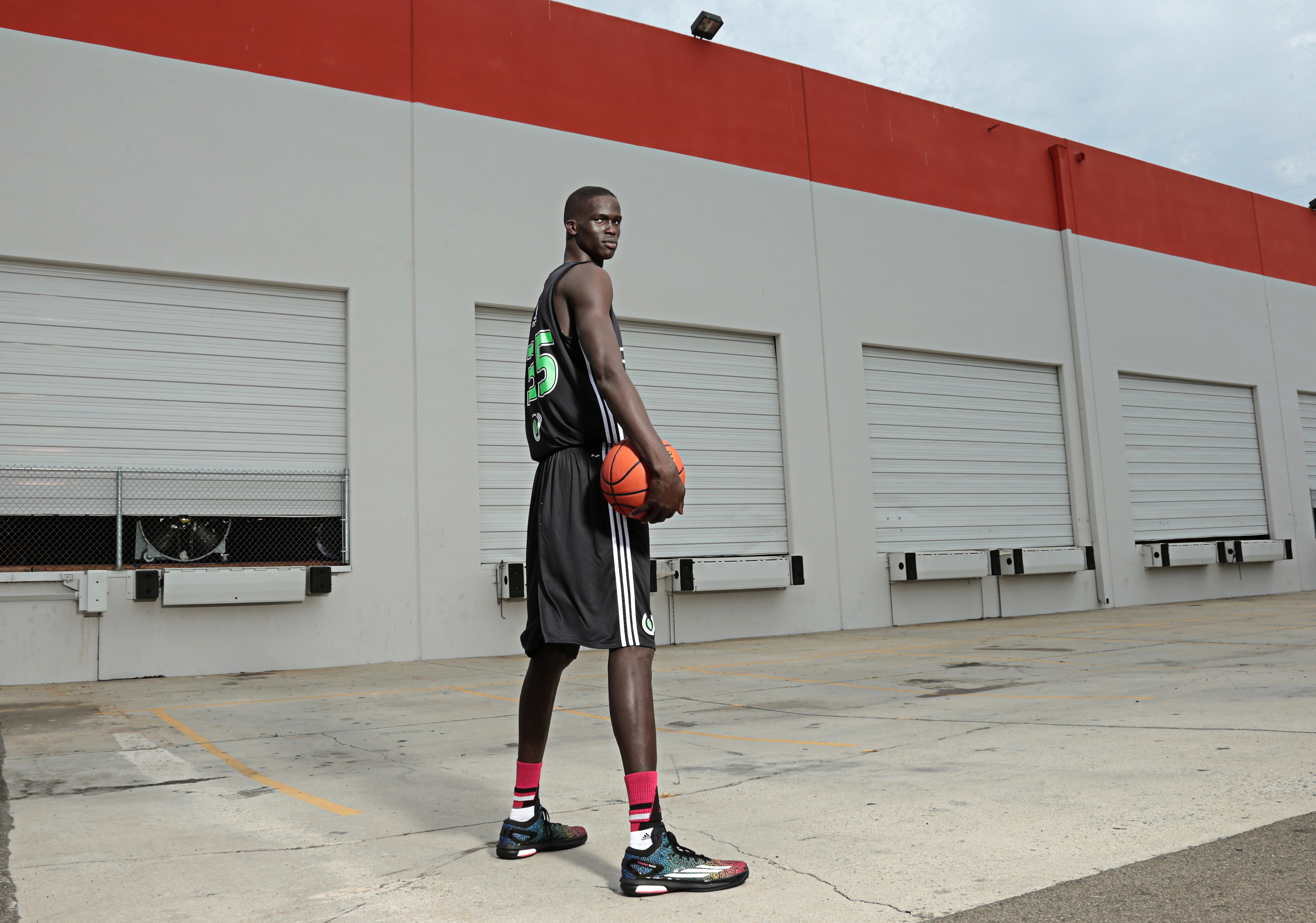 Thon Maker tweeted that his i on track to graduate (Photo: Kelly Kline)