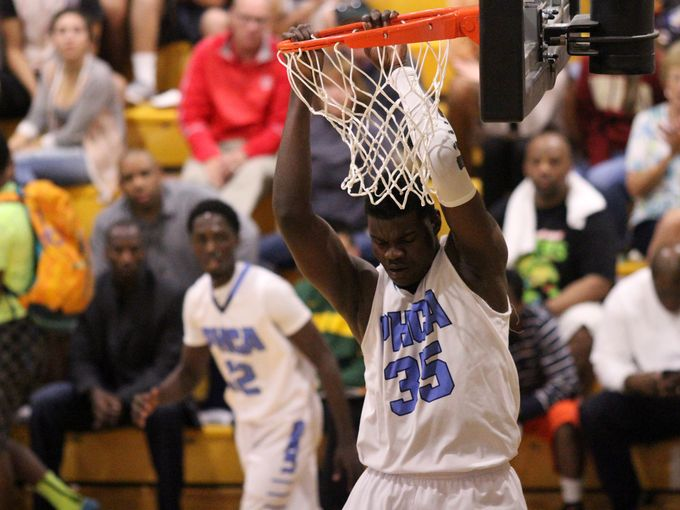 Potter's House Christian Academy center Udoka Azubuike had 20 points and 10 rebounds in his team's 54-51 defeat Sunday of Balboa City. Fort Myers News-Press photo