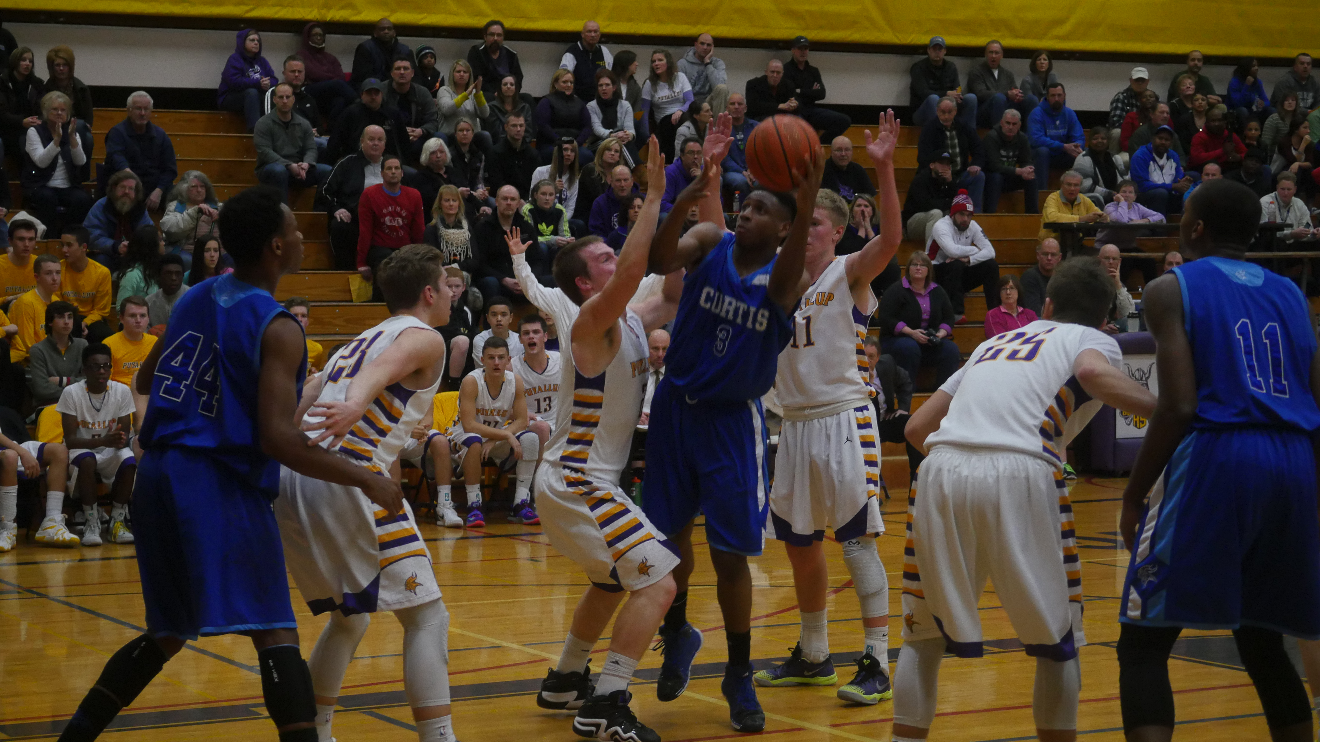 Curtis guard Ashaunti Potts-Woods puts up a shot in the paint in Tuesday's win over Puyallup.