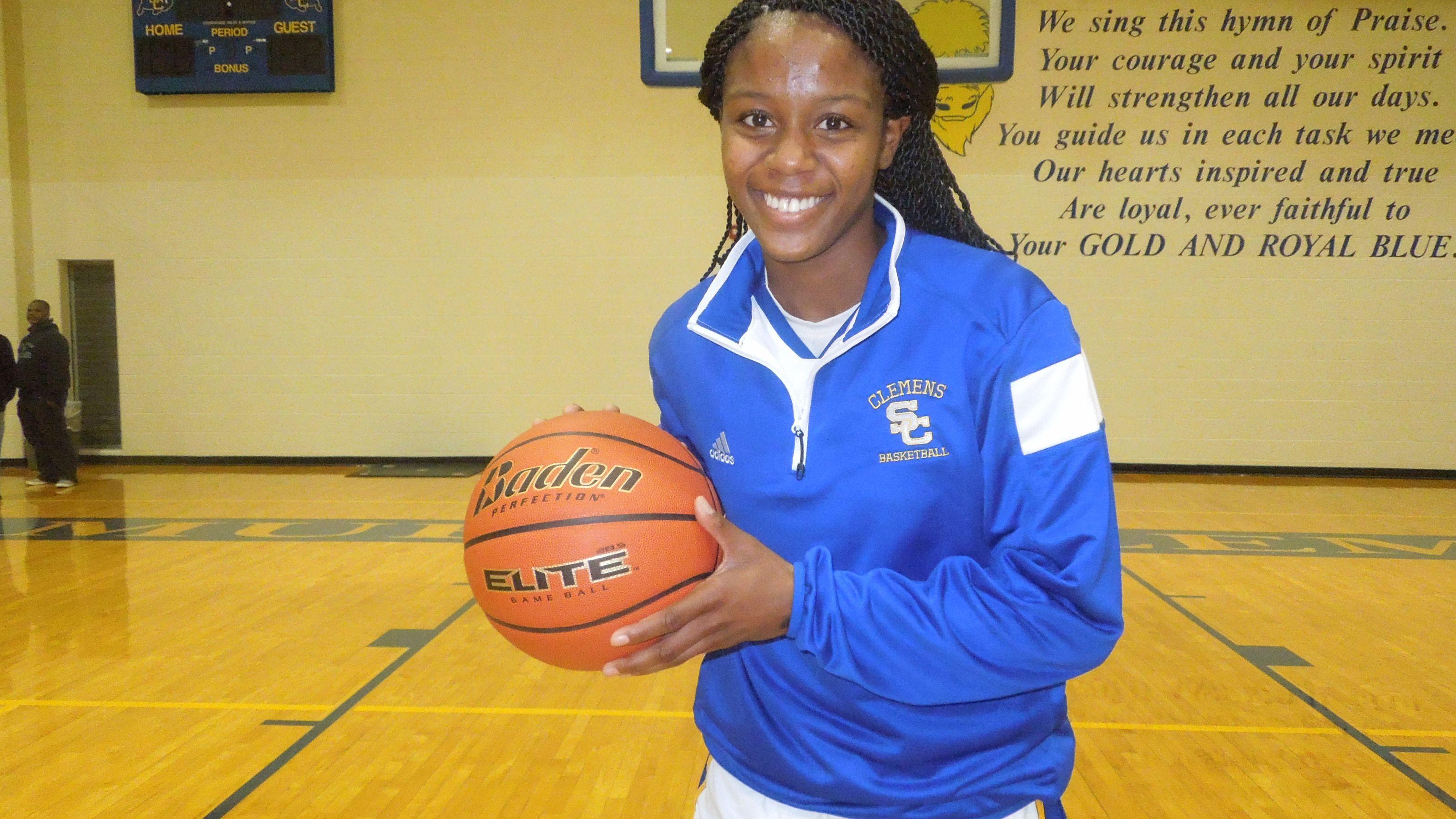 Clemens senior basketball standout Kyra Lambert has signed with Duke. (Photo: David Flores / Kens5.com)