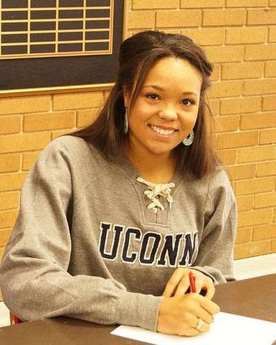 Uconn Huskies signee Napheesa Collier from Incarnate Word Academy (Mo.) /  Photo Credit: Incarnate Word Academy
