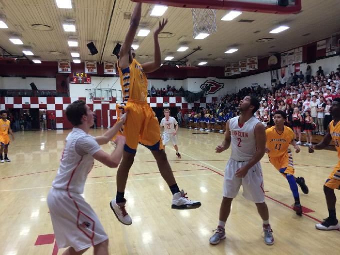 No. 4 Jefferson took control of the PIL with a 76-55 win over Lincoln.