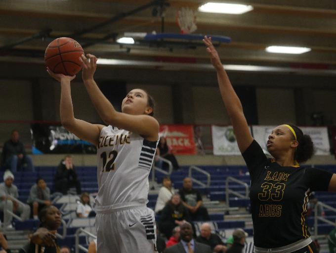 Bellevue's Tatiana Streun goes up for a lay-up.