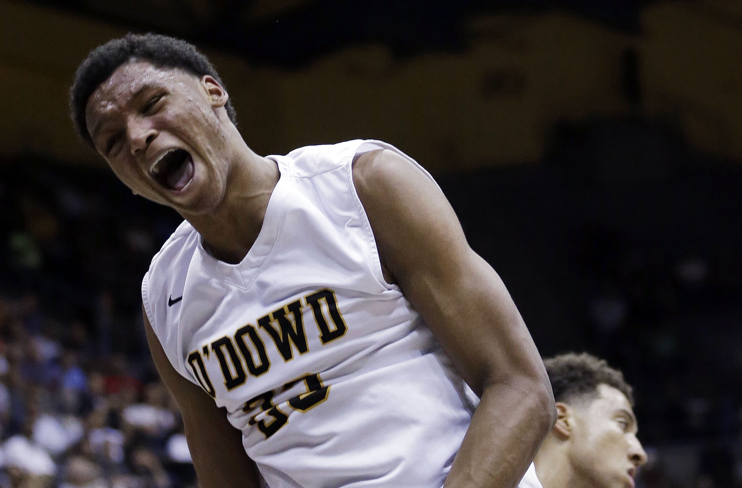 Ivan Rabb celebrates after a dunk in the CIF Oopen Division final. Photo: Associated Press