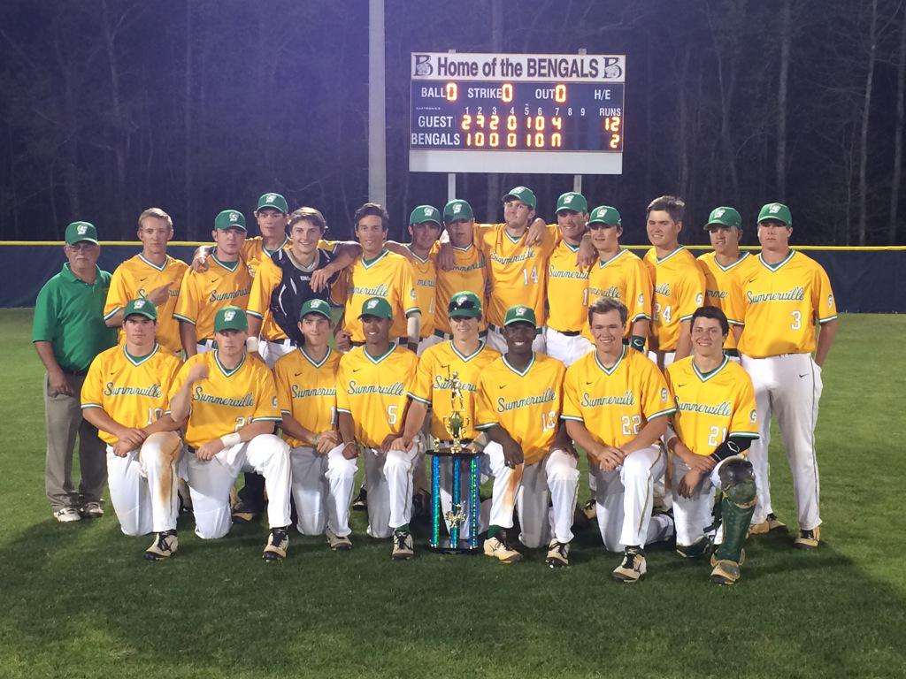 Summerville High School won the 2015 South Carolina Diamond Invitational at Blythewood High School.