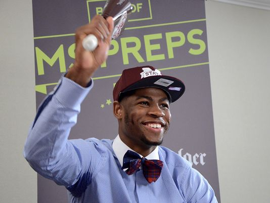 Malik Newman rings a cowbell Friday, April 24, 2015 after announcing that he'll play basketball at Mississippi State University. (Photo: C. Todd Sherman/ The Clarion-Led)