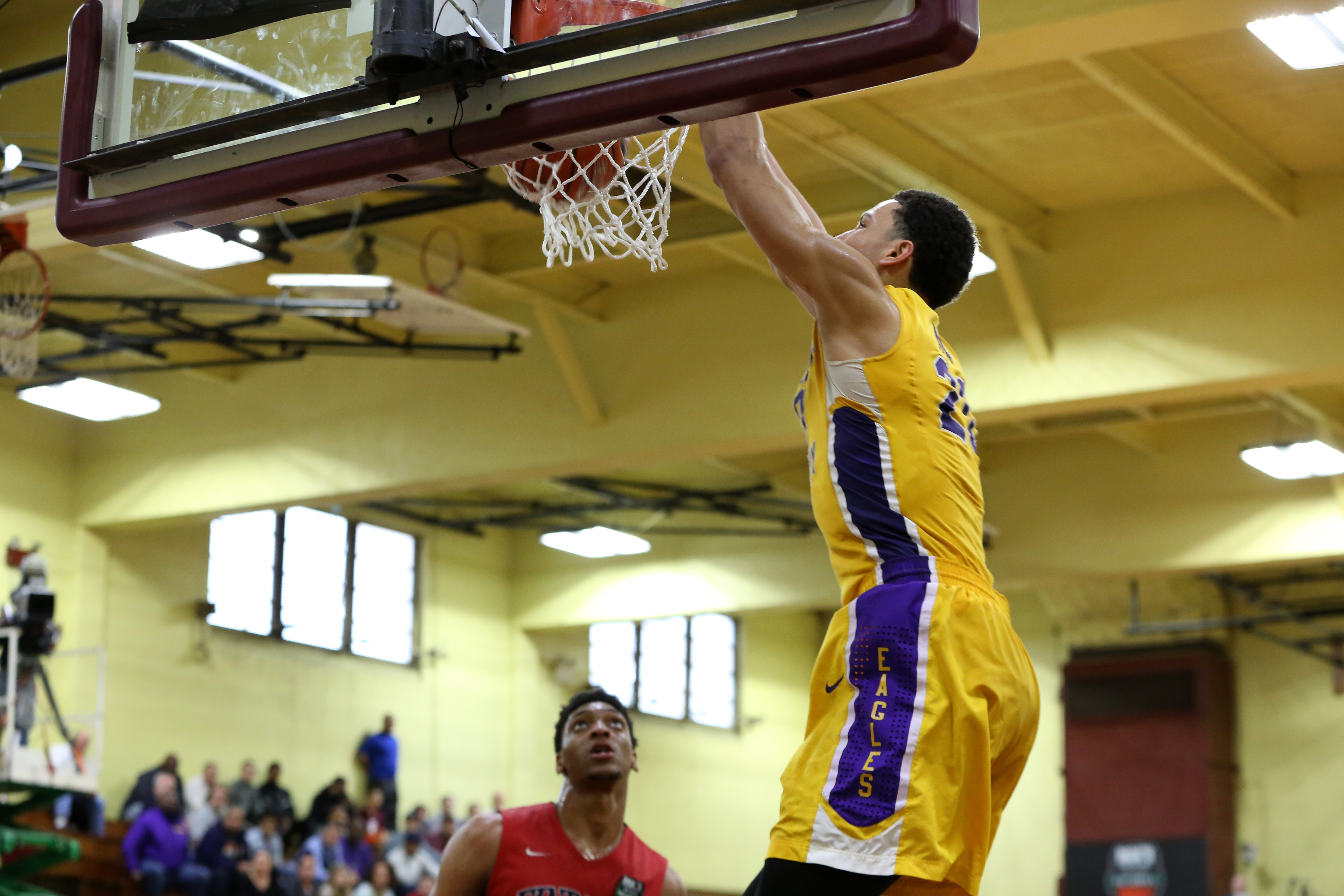 Ben Simmons dunks in Montverde Academy's win in the DICKS' Nationals semifinal (Photo: Associated Press)