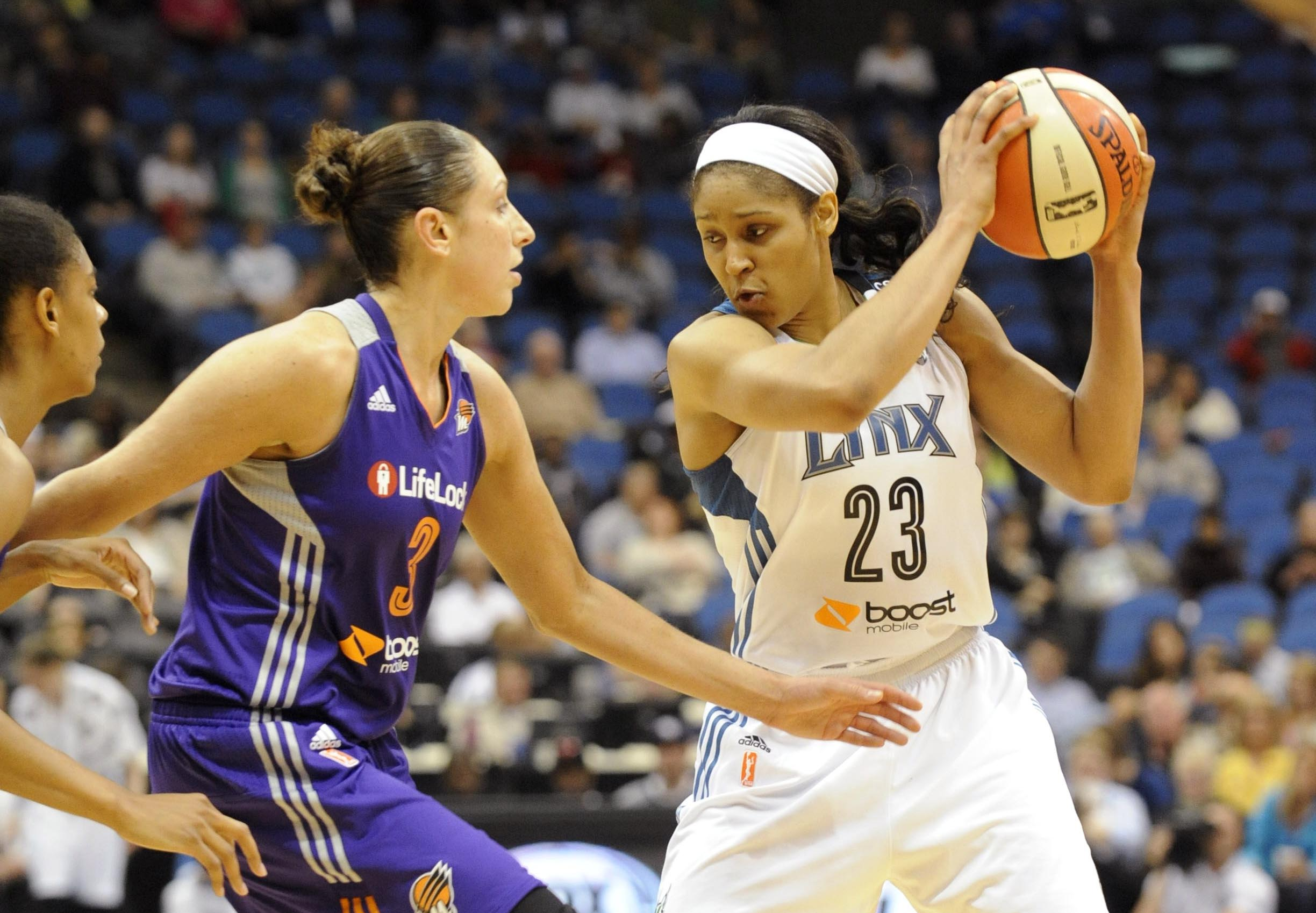 Maya Moore (right) has won two WNBA titles with the Minnesota Lynx (Marilyn Indahl, USA TODAY Sports)