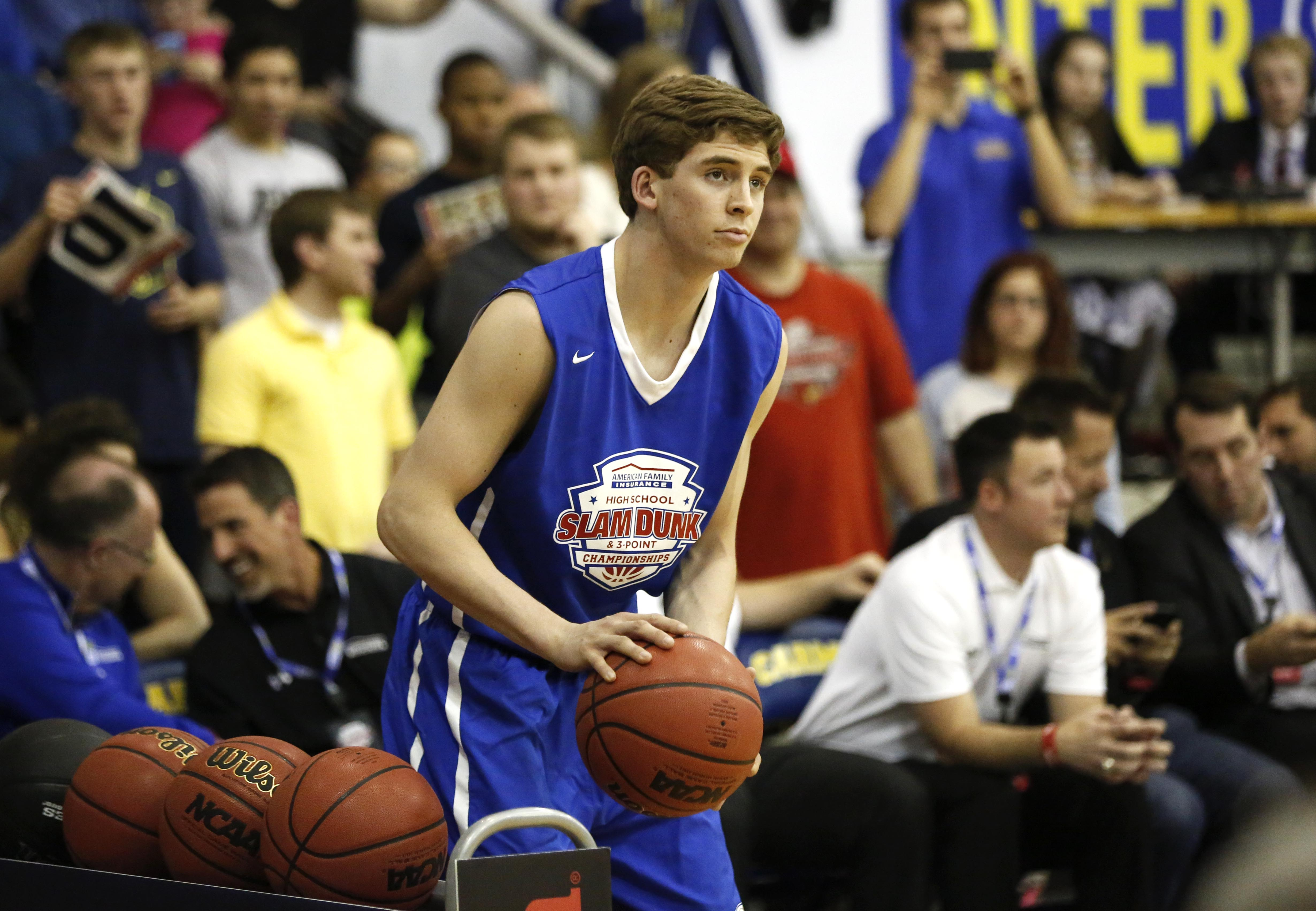 Ryan Cline wins the boys three-point contest at the American Family Insurance High School Slam Dunk and Three-Point Championship (Photo: Aaron Doster, USA TODAY Sports)