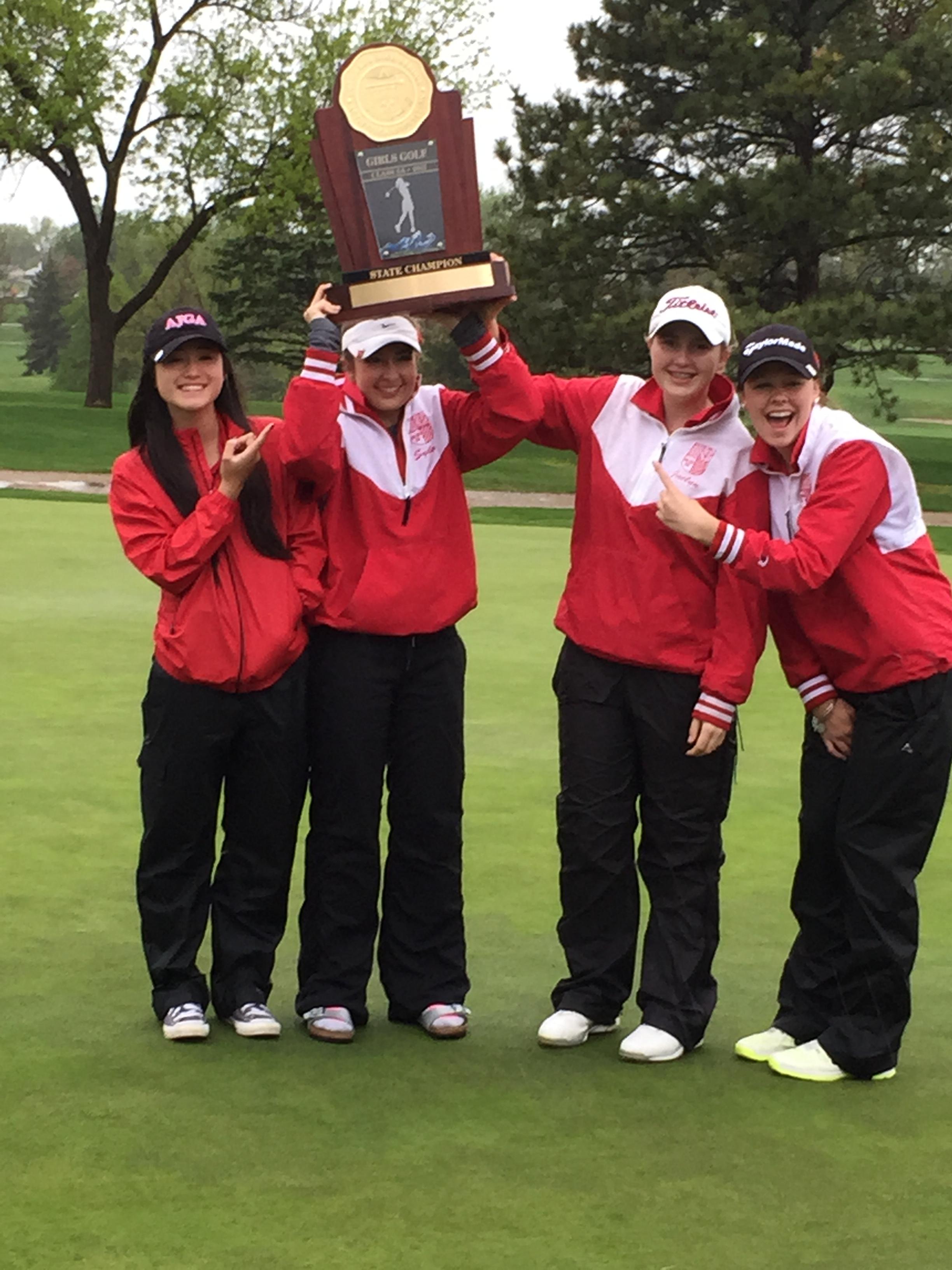 Regis Jesuit Girls Golf
