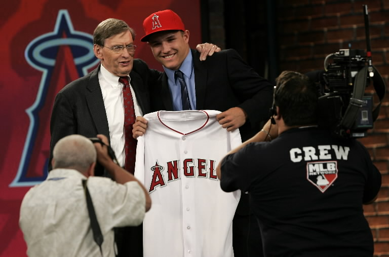 Major League Baseball Commissioner Bud Selig poses with Michael Trout, an outfielder from New Jersey's Millville High School, after being picked 24th by the Los Angeles Angels in the baseball draft at MLB Network Studios in Secaucus, N.J.,Tuesday, June 9, 2009. (AP Photo/Rich Schultz)