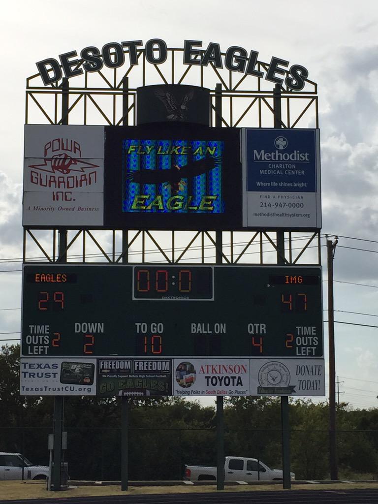 IMG Academy downed DeSoto (Photo, Jimmy Isbell, TexasHSFootball.com)