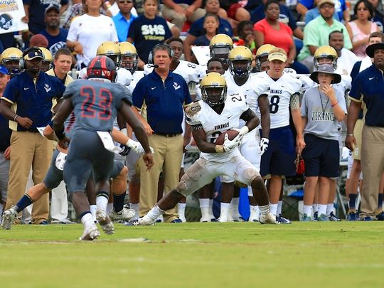 Tavien Feaster is one of several big weapons Spartanburg quarterback Austin Scott has to throw to. (Photo: Tallahassee Democrat).