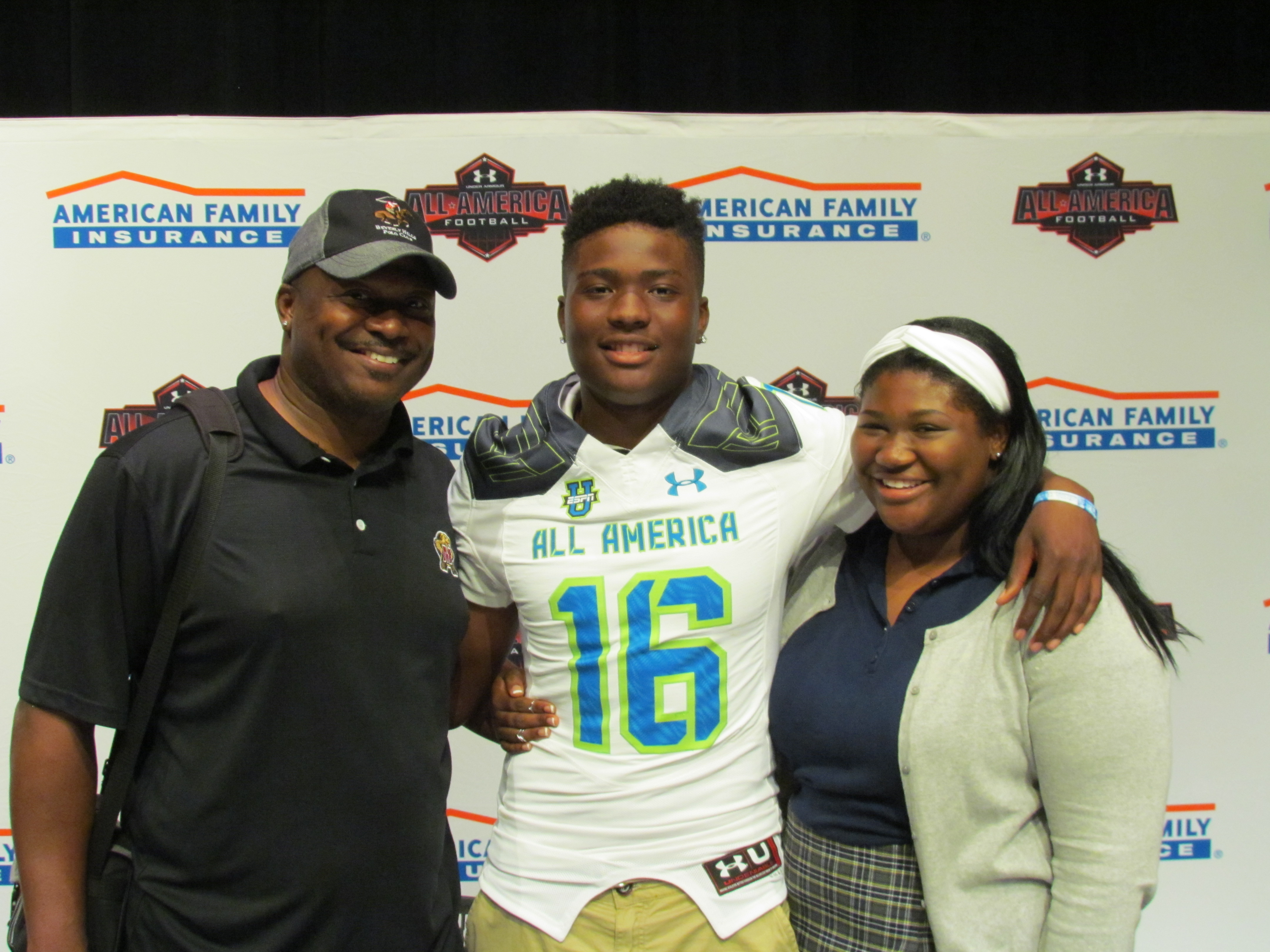 Dwayne Haskins Jr. is joined by his family at the Selection Tour (Photo: American Family Insurance)