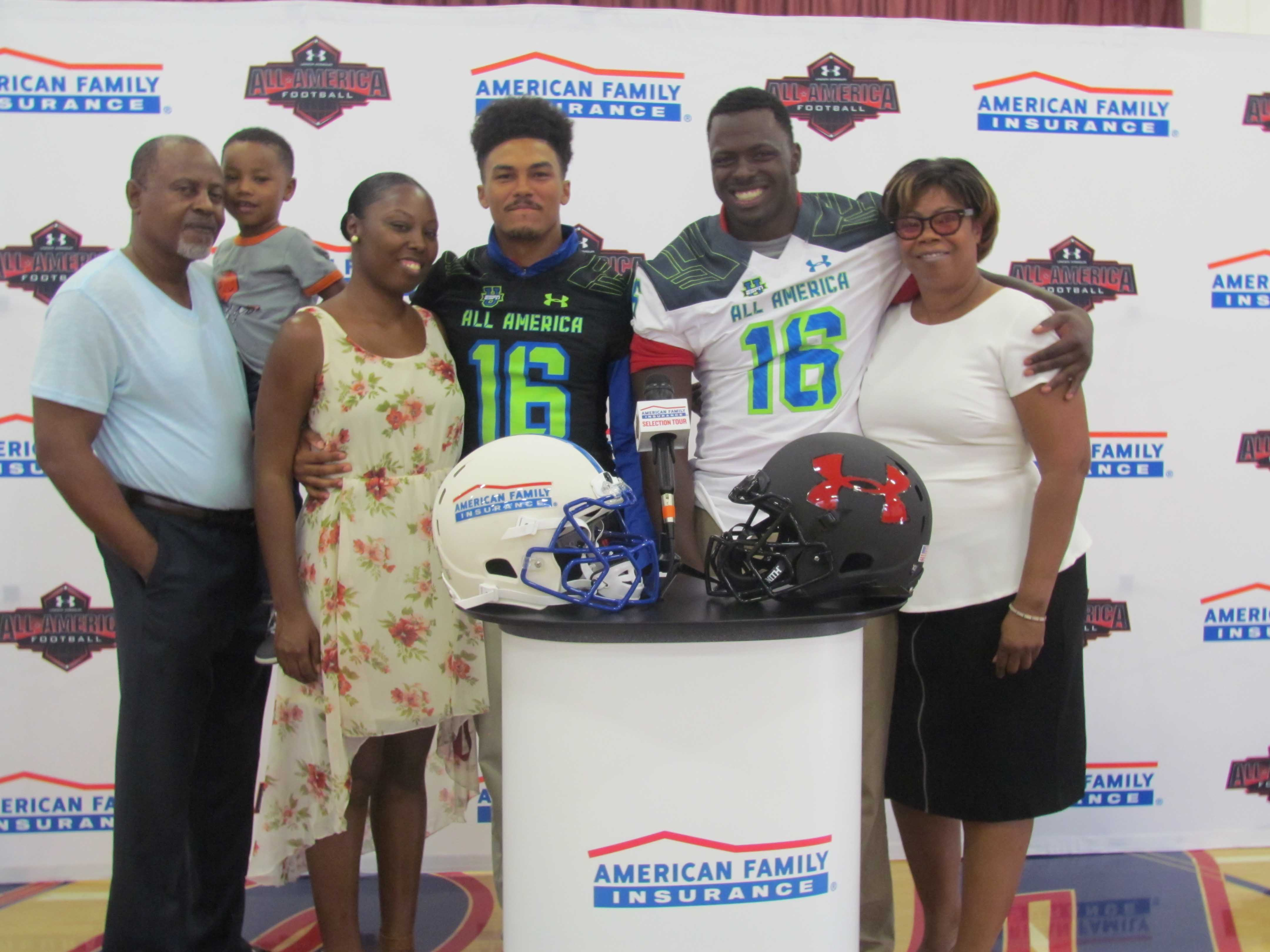 Brandon Burton (left) with members of his family and Oluwole Betiku (right) with his guardian Julia Boyer (Photo: Intersport)