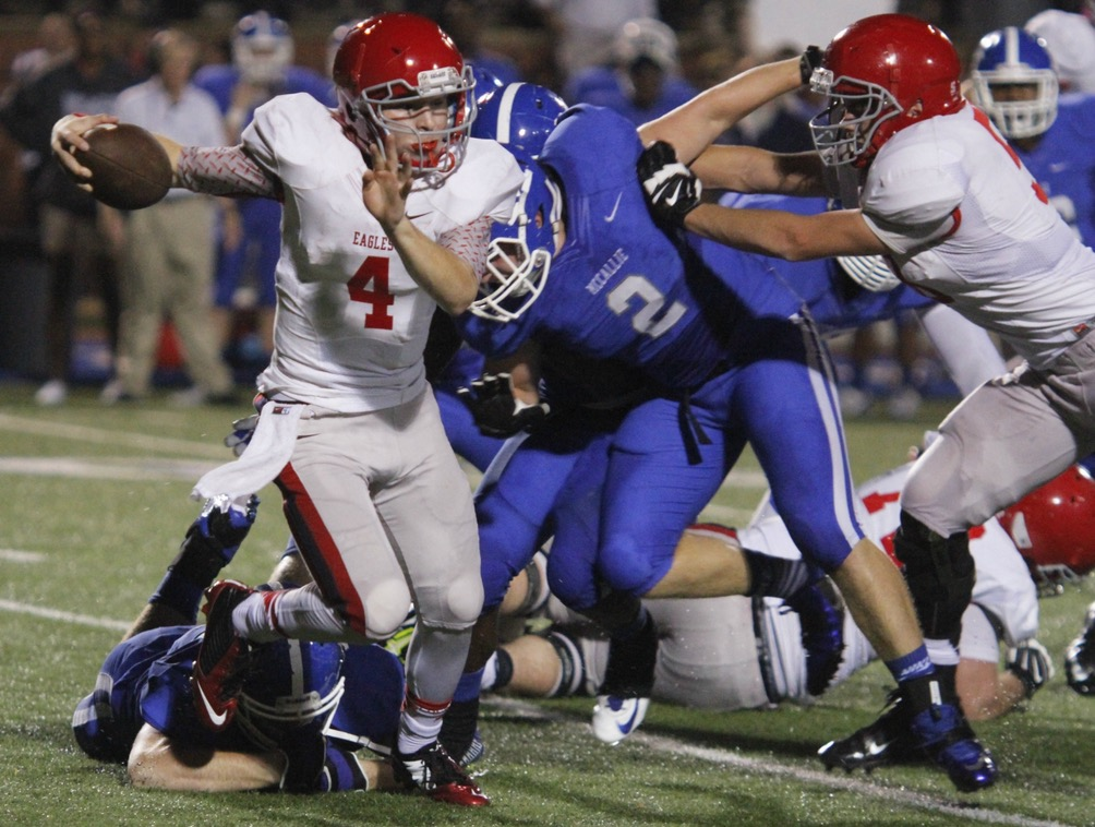 Jeremiah Oatsvall accounted for nearly 400 total yards and five touchdowns for Brentwood Academy (Photo: The Tennesseean)