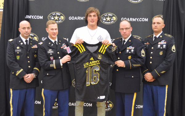 Lake Stevens, Wash., quarterback Jake Eason was presented Thursday with his honorary jersey for the U.S. Army All-American Bowl. (Photo: U.S. Army All-American Bowl).
