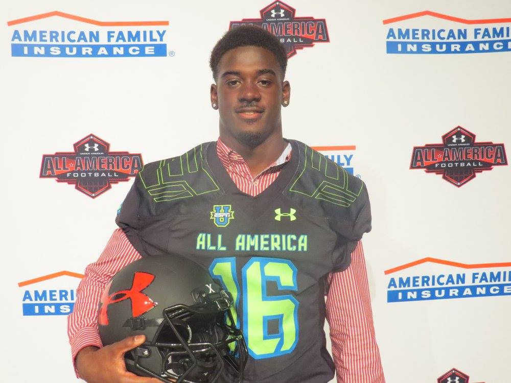 Keith Gavin after receiving his Under Armour All-America jersey (Photo: Intersport)