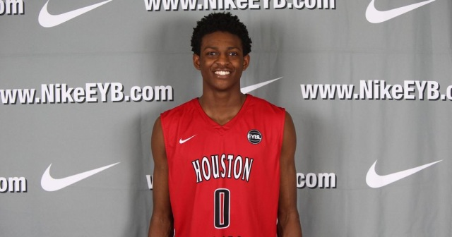 De'Aaron Fox could potentially decide during the early period. (Photo: Nike)
