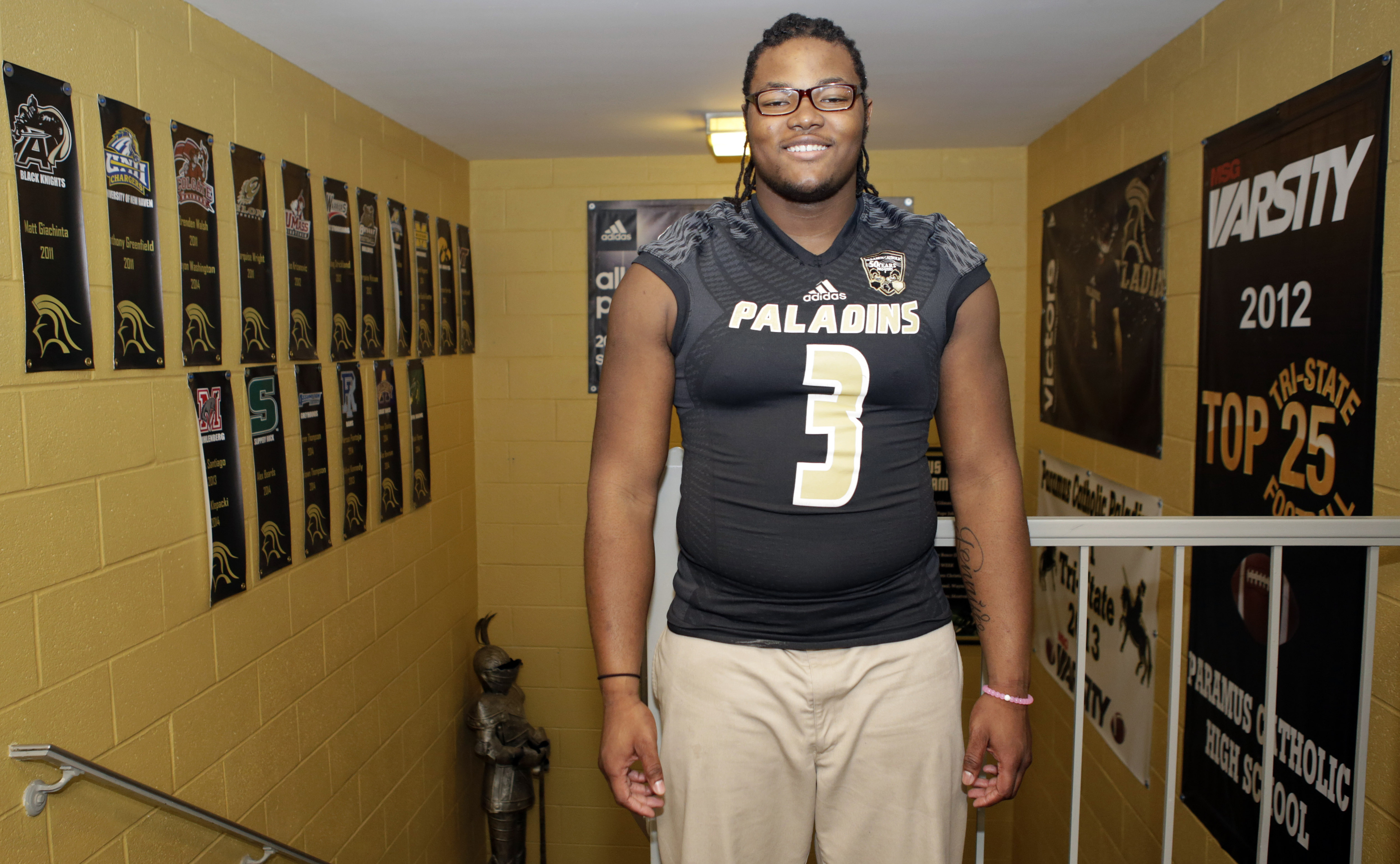 December 17, 2015 -- Paramus, NJ, U.S.A -- Rashan Gary , defensive lineman at Paramus Catholic is one of our ALL-USA TODAY players of the year candidate. -- Photo by Adam Hunger USA TODAY Sports Images, Gannett ORG XMIT: US 134214 Rashan Gary 12/10/2015 [Via MerlinFTP Drop]