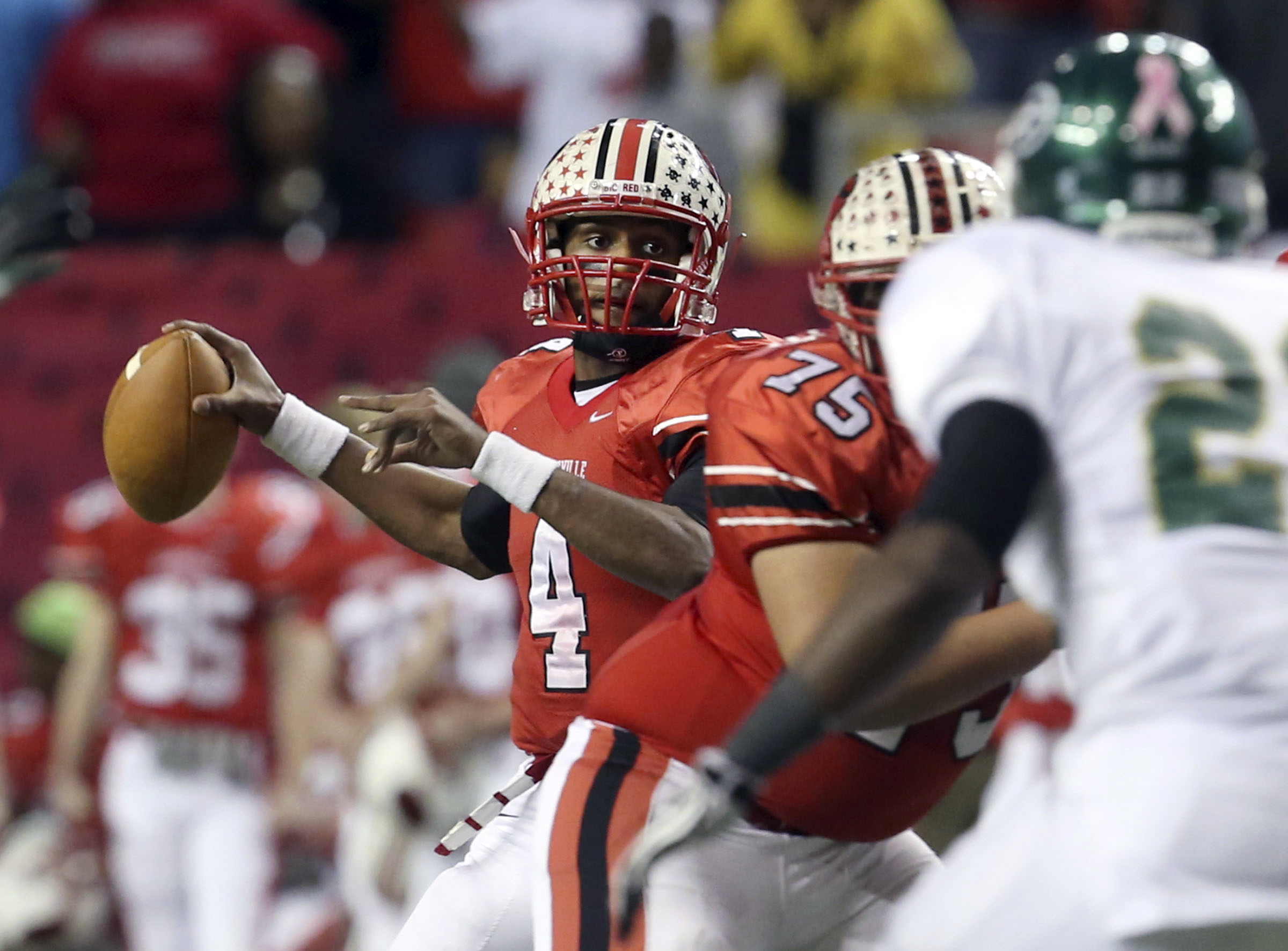 Gainesville quarterback Deshaun Watson (4) attempts a pass against Ware County in the Georgia AAAAA title game in 2012. (Jason Getz, Atlanta Journal-Constitution via The Associated Press)