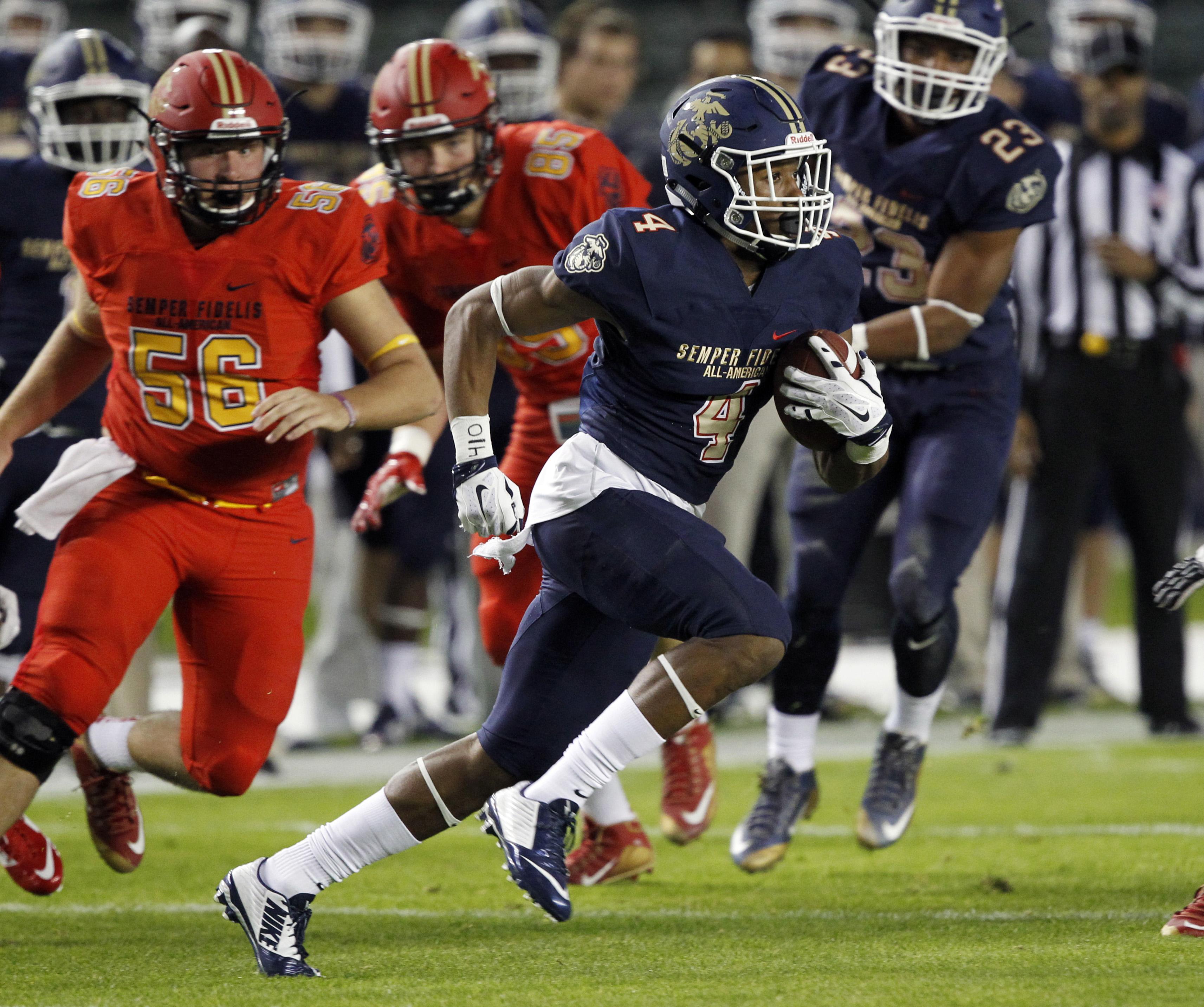 East returner Zech McPherson (4) runs a missed field goal from the end zone to the 4-yard line (Photo: Alex Gallardo, Associated Press)