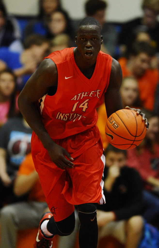 Athlete Institute Prep center Thon Maker dribbles the ball up the floor during the second half against Oak Hill Academy at the Grind Session basketball tournament. (Photo: Christopher Hanewinckel, USA TODAY Sports Images.)