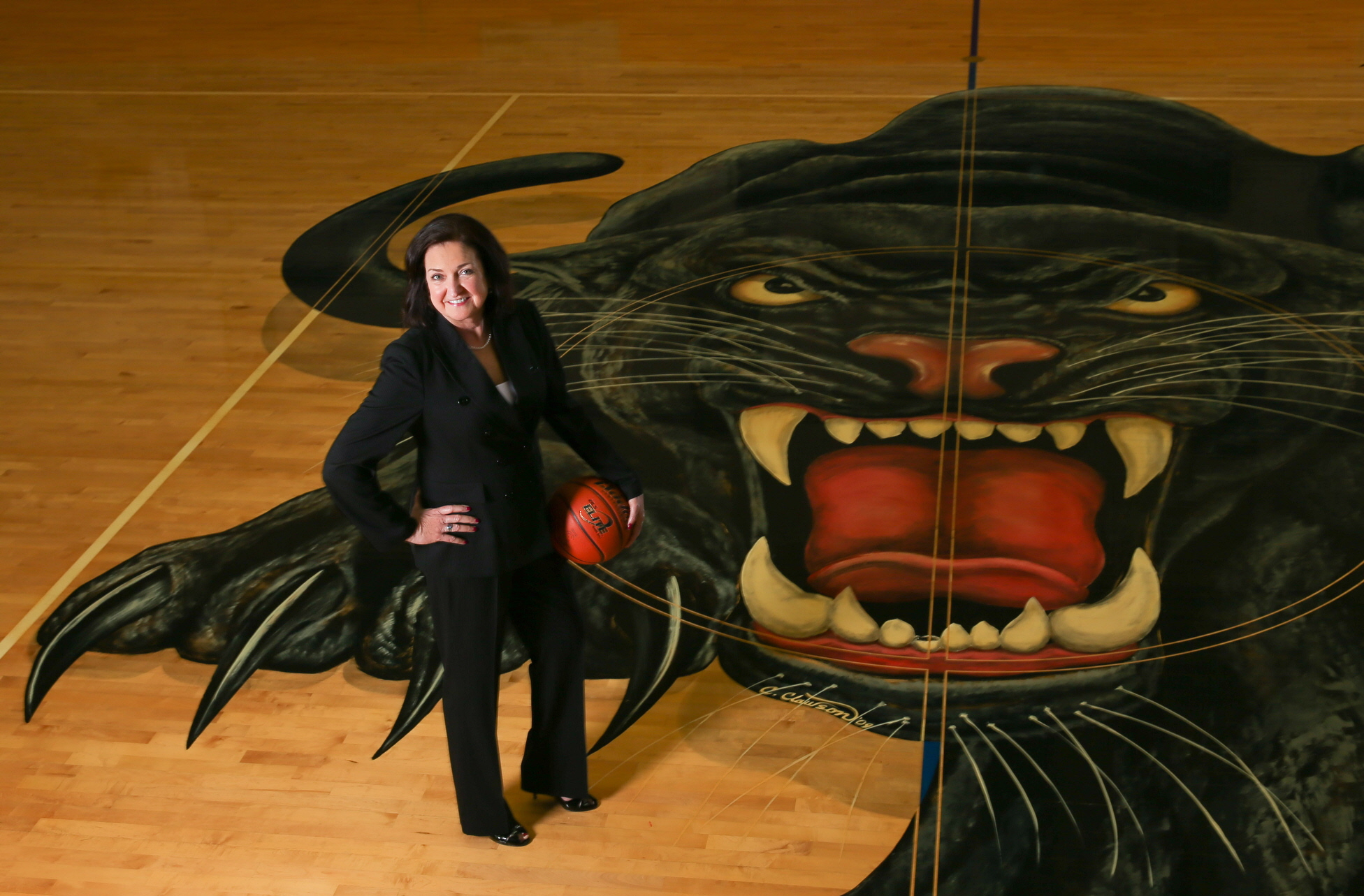 Cathy Self-Morgan, the American Family Insurance Coach of the Year in 2013, continues to lead Duncanville to success (Photo: Kevin Jairaj, USA TODAY Sports)