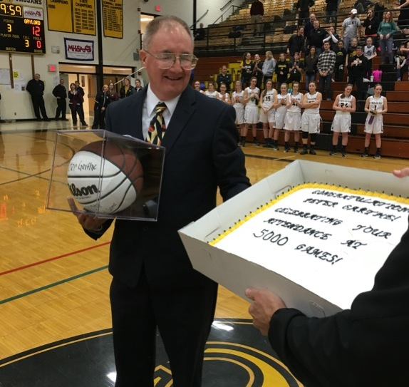 Peter Garthe marked the 5,000th high school event of his career on Friday (Photo: Twitter)