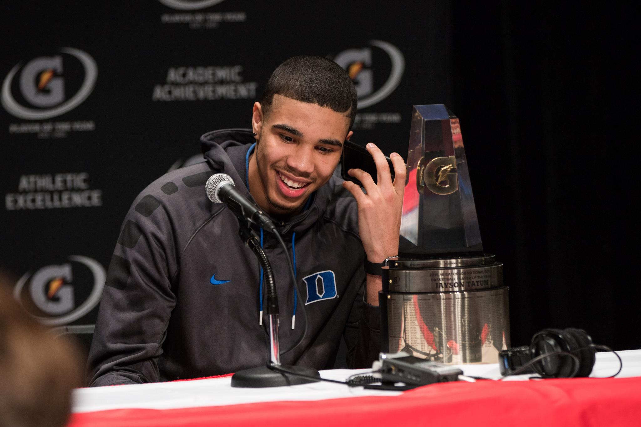 Jayson Tatum named Gatorade National Boys Basketball POY. (Photo: Gatorade)