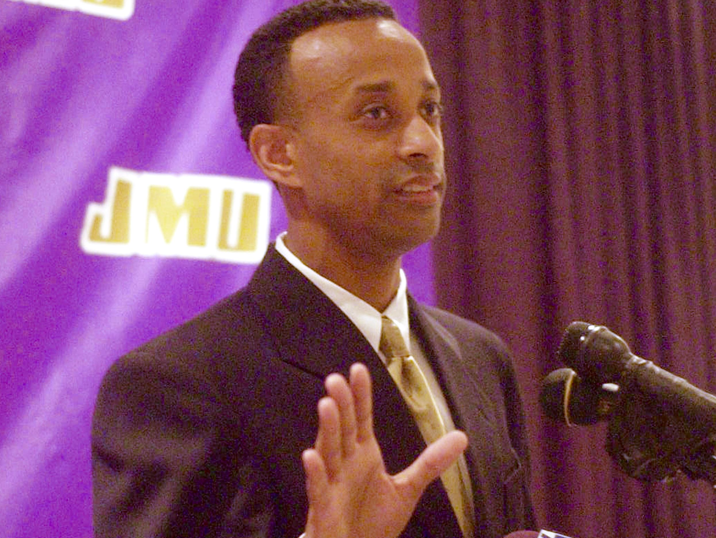 Waynesboro High graduate Kenny Brooks speaks to the media during his introduction as head women's basketball coach in March 2003.