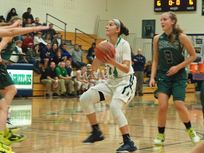 Alyssia Martinez led new No. 25 ThunderRidge (Highlans Ranch) to the Colorado 5A title with 17 points. (Photo: Jeremy Sanchez, 9News).