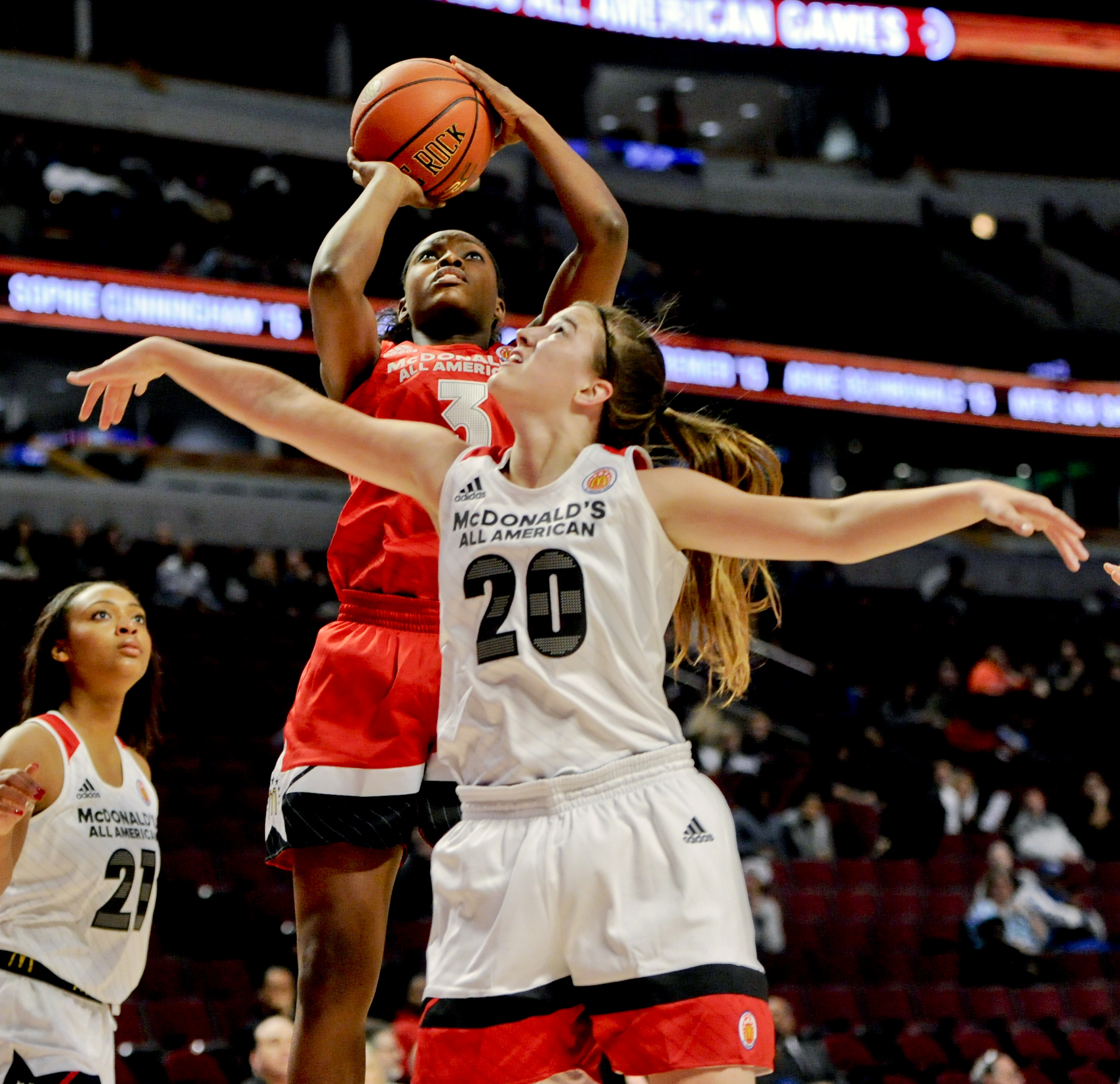 Kaila Charles, from Riverdale Baptist shoots past Sabrina Ionescu from Miramonte High, during the McDonald's All-American Game (Photo: Matt Marton, USA TODAY Sports)