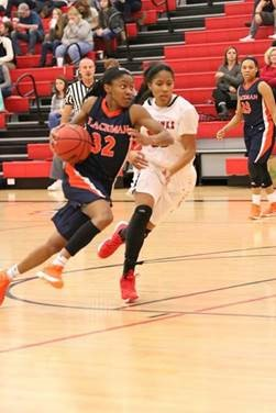 Crystal Dangerfield wins the Morgan Wootten Player of the Year award. (Photo: McDonald's All American Game)