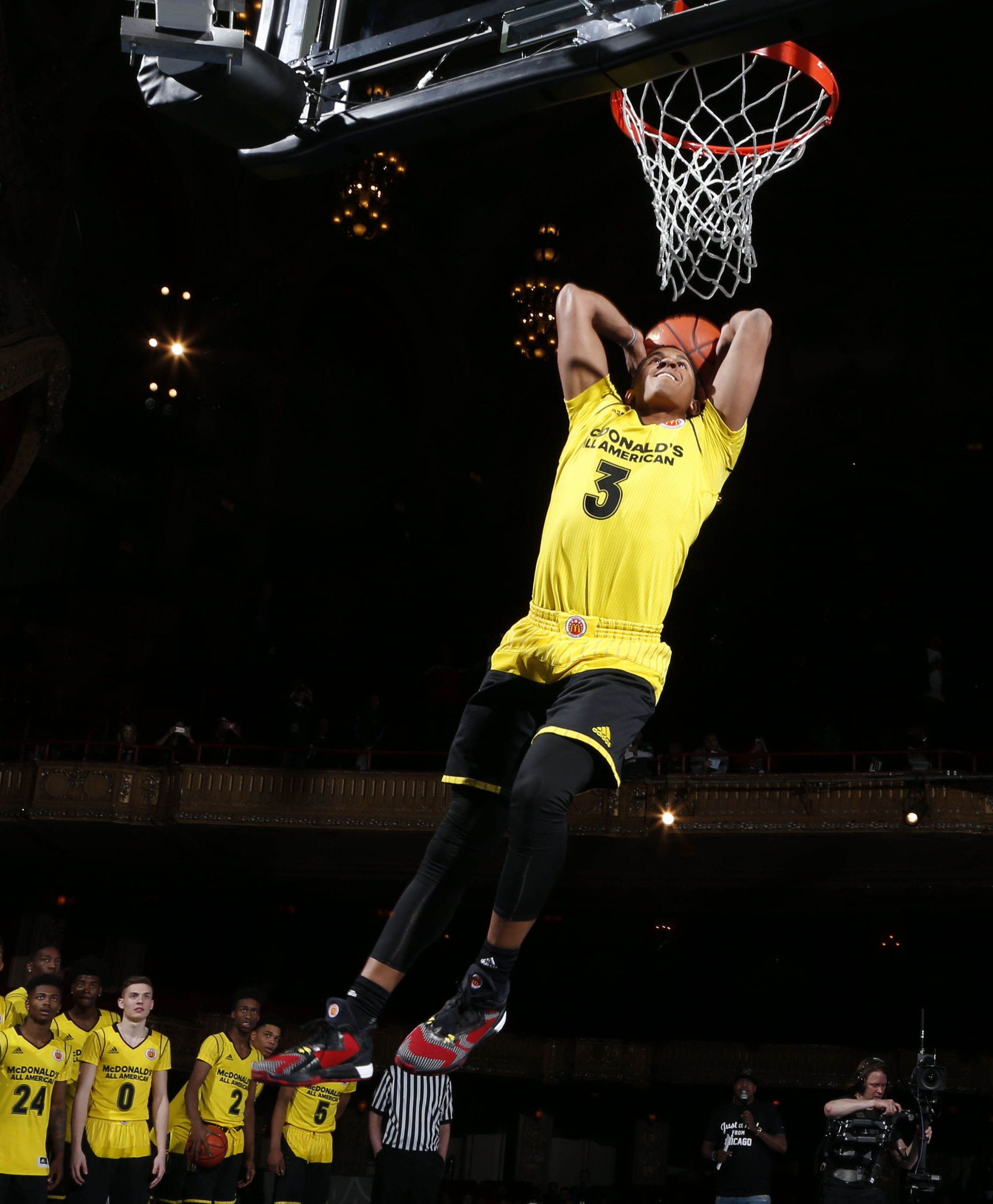 Frank Johnson dunks during the McDonalds All-American Powerade Jamfest (Photo: Brian Spurlock, USA TODAY Sports)