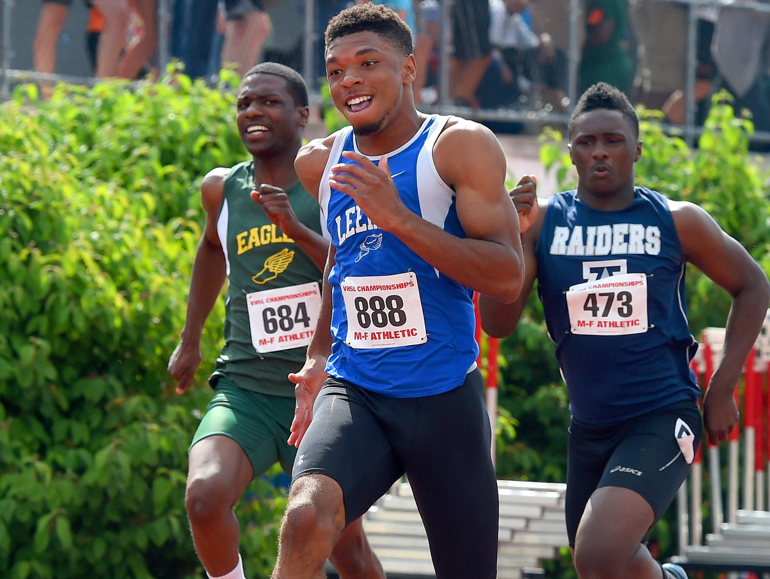 Robert E. Lee's Iyon Oravitz capped his 2015 outdoor season with a first in the 400, a second in the 100 and a third in the 200 at the Group 2A meet, then won the 2A indoor crown in the 300 in February.