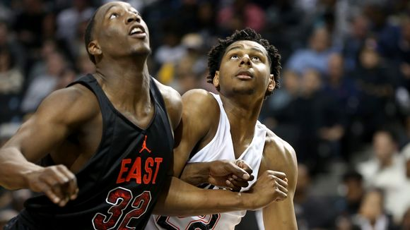 Marques Bolden (right) battles for position with Kentucky signee Bam Adebayo. (Photo: Gregory Payan, Associated Press)