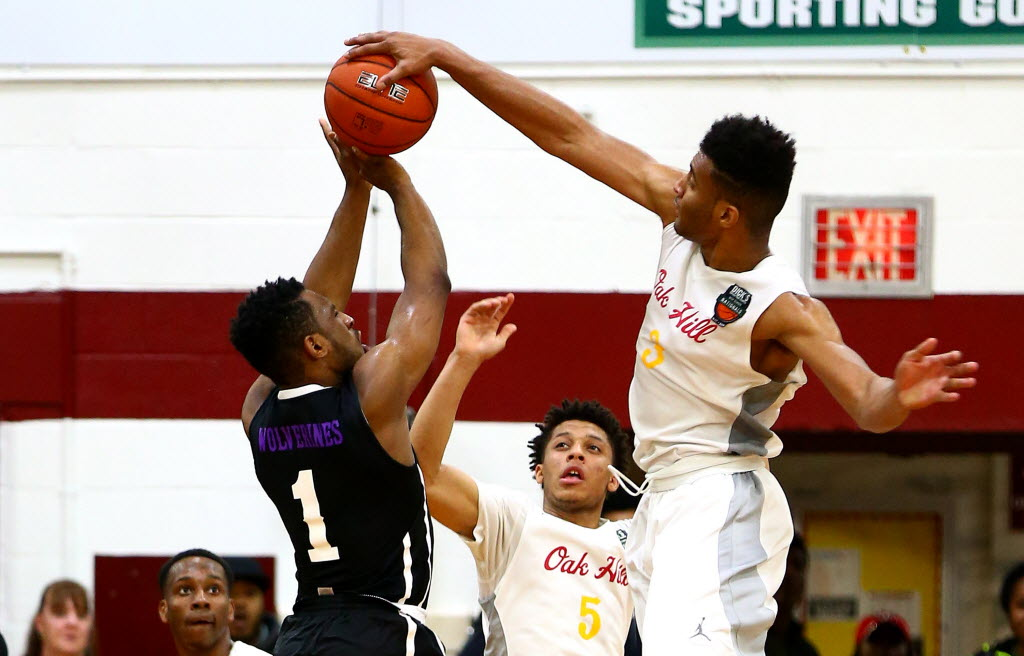 Oak Hill Academy forward Braxton Key (3) blocks a shot by Miller Grove guard Aaron Augustin (1) during Oak Hill's 47-46 DICK'S Sporting Goods High School Nationals semifinal defeat of Miller Grove. (Photo: Andy Marlin USA TODAY Sports Images)