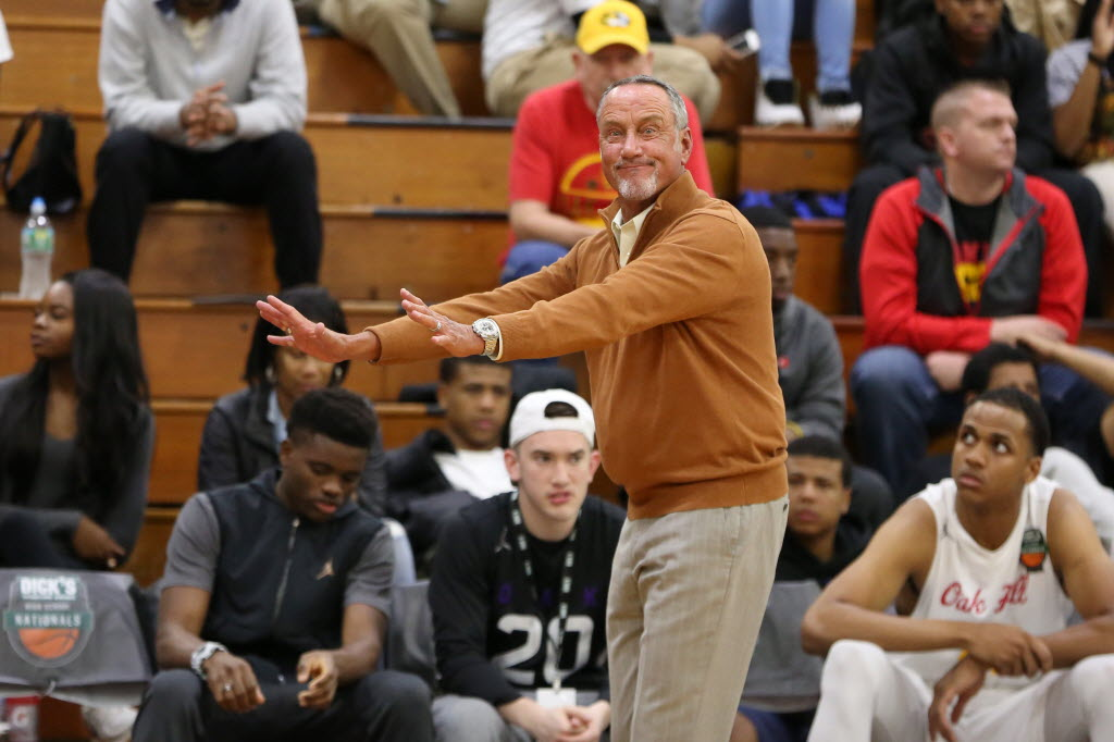 Oak Hill's head coach Steve Smith won his first DICK'S Nationals title Saturday. (Photo: Gregory Payan, Associated Press)
