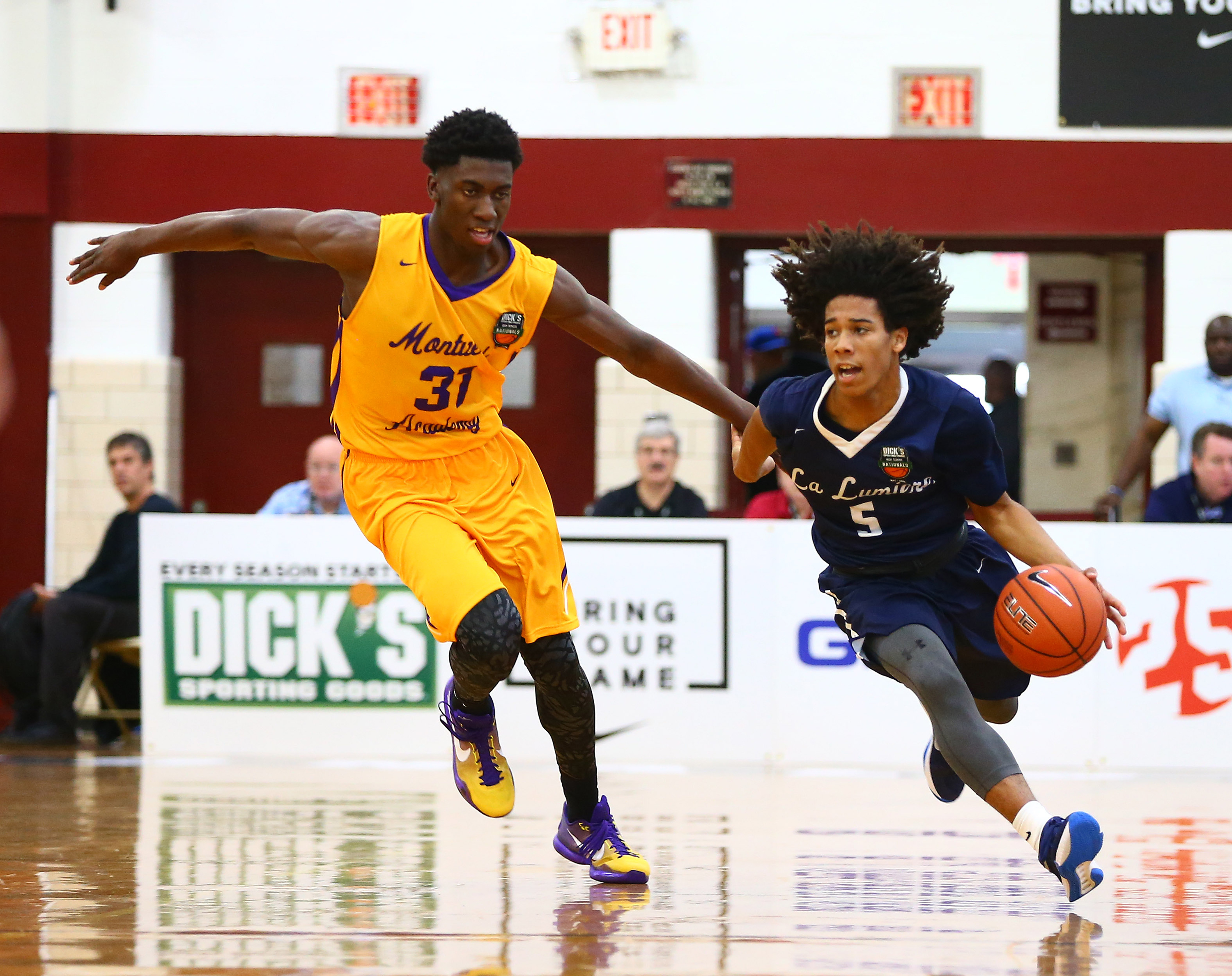 Montverde Academy forward Simisola Shittu defends against La Lumiere guard Tyger Campbell. (Photo: Andy Marlin, USA TODAY Sports)